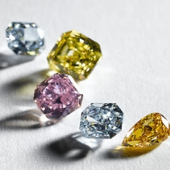 2020_11_17_FancyColorDiamonds.jpg